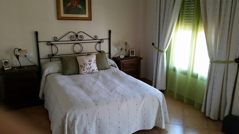 Amplia casa en venta en zona residencial. Dormitorio